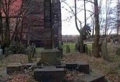 Kirkby Cross, St Chad's Churchyard, Kirkby