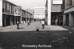 Strike of refuse collectors, Kirkby