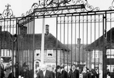 Opening of Memorial Gates, Knowsley Lane