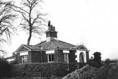 Lodge at Bowring Park, Roby