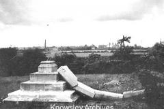 Original War Memorial, Whiston